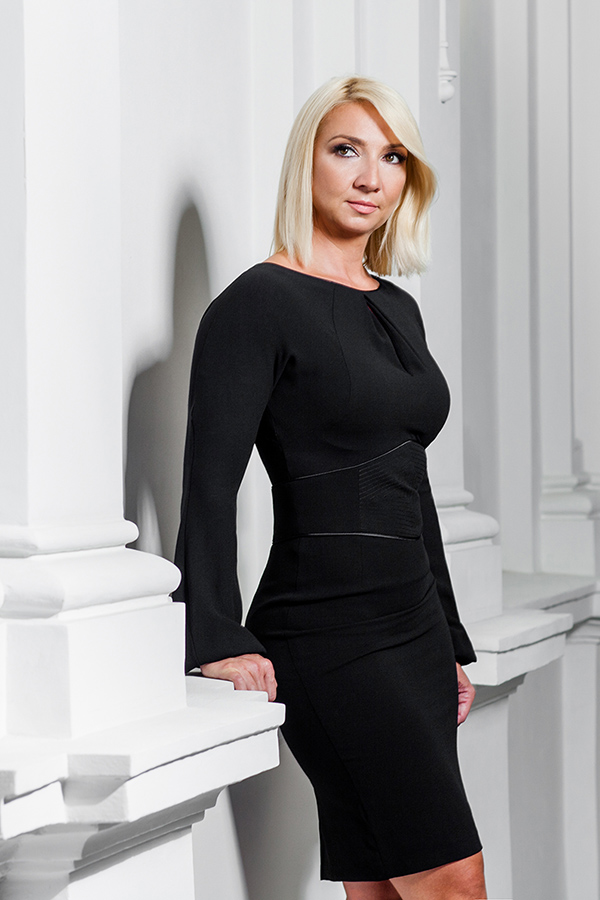 Roksana Strozyk Wysocka, vice CEO of Astromal. Professional image and personal branding.
